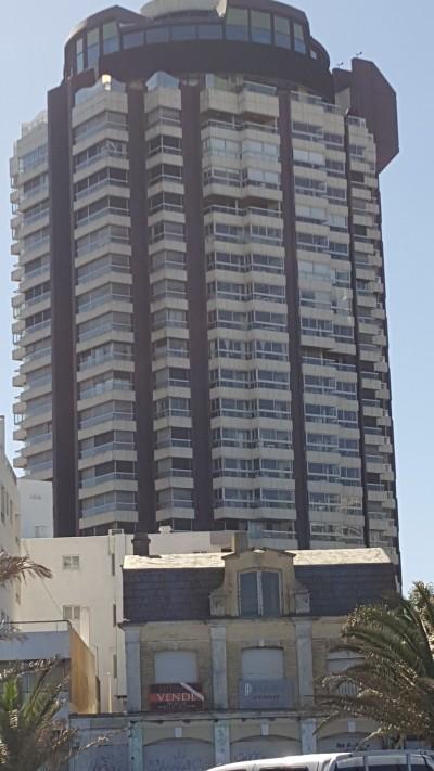 fachada Punta