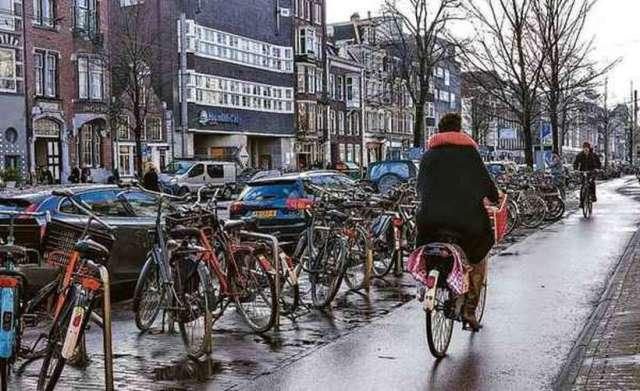Amsterdã livre de carros